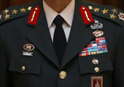 14 rütbeli asker tutuklandı