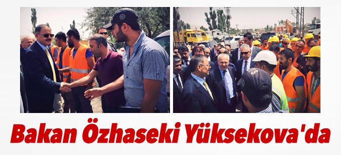 Bakan Özhaseki Yüksekova'da