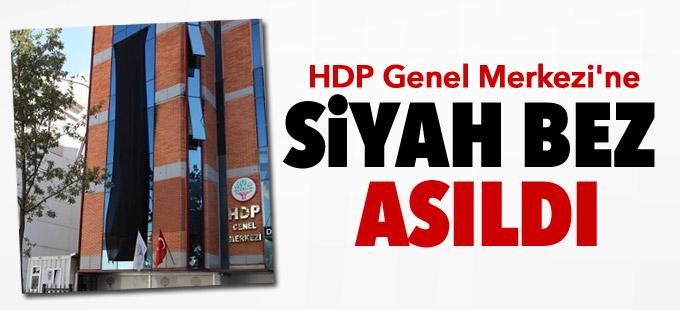 HDP Genel Merkezi'ne siyah bez asıldı