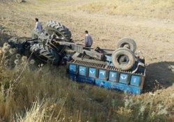Adıyaman'da traktör devrildi: 2 çocuk yaralı
