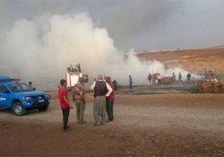Anız yangını köyü yakıyordu