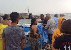 Fırtınaya yakalan tur teknesi denizde mahsur kaldı