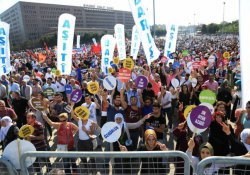 Bakırköy'deki barış mitingine binler katıldı