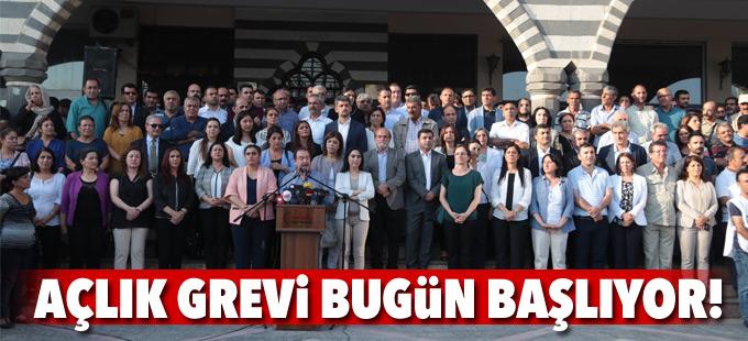 Öcalan için 50 gönüllü siyasetçinin açlık grevi bugün başlıyor