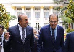 Çavuşoğlu ve Lavrov, Suriye'yi görüştü