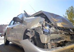 Eleşkirt'te 2 ayrı trafik kazası: 1 ölü, 12 yaralı