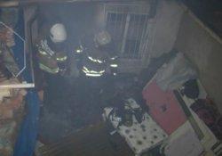 Genç kadını yangın uykuda yakaladı