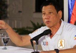 Filipinler Cumhurbaşkanı Duterte 'siyasi rakiplerini öldürttü' iddiası