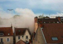 Fransa'da korkutan patlama: 9 yaralı