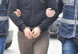 İzmir'de 76 kişi gözaltına alındı