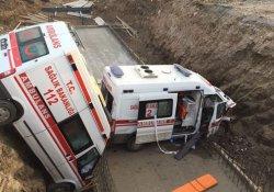 Ambulanslar köprüden uçtu: 4 yaralı