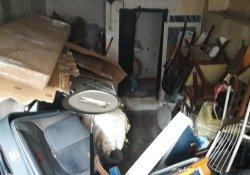 Şişli'de bir evden kamyon dolusu çöp çıktı