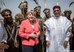 Merkel'den Nijer'e destek sözü