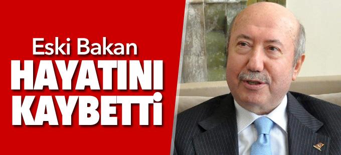 Eski Bakan Kemal Unakıtan hayatını kaybetti