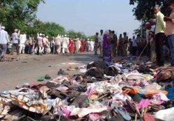 Hindu töreninde izdiham: 24 ölü