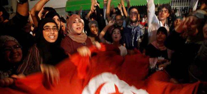 IŞİD'liler geri döndü, halk ayakta