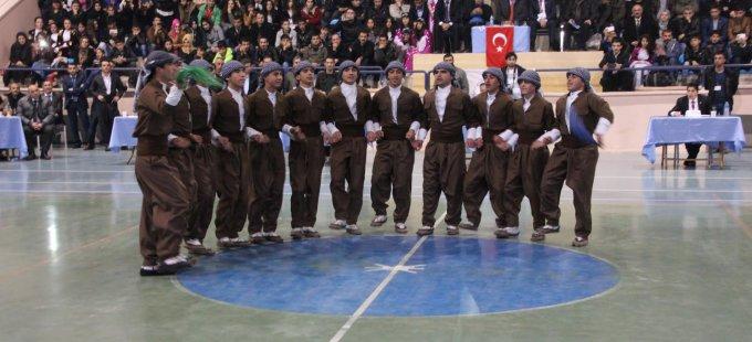 Hakkari'deki folklor yarışmasına davet