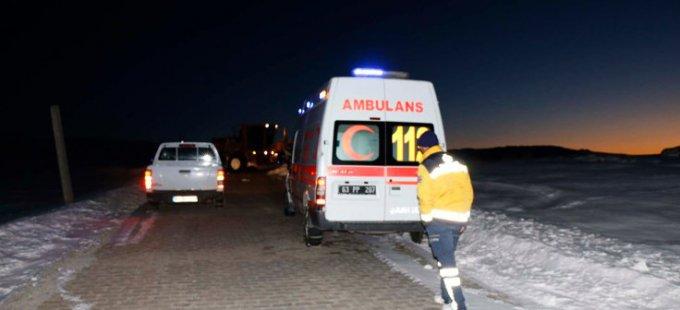 Karda mahsur kalan 700 kişi kurtarıldı