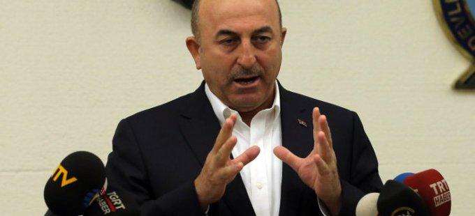 Mevlüt Çavuşoğlu: YPG komünist olmayan 500 bin Kürt'ü sürgün etti