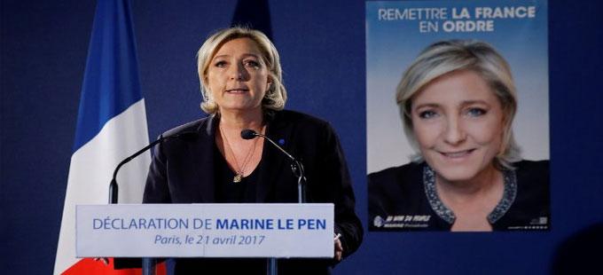 Le Pen'den Merkel'e Türkiye eleştirisi