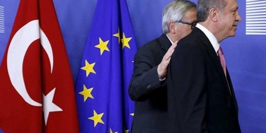 AB, Erdoğan, Juncker ve Tusk arasındaki üçlü zirveyi duyurdu