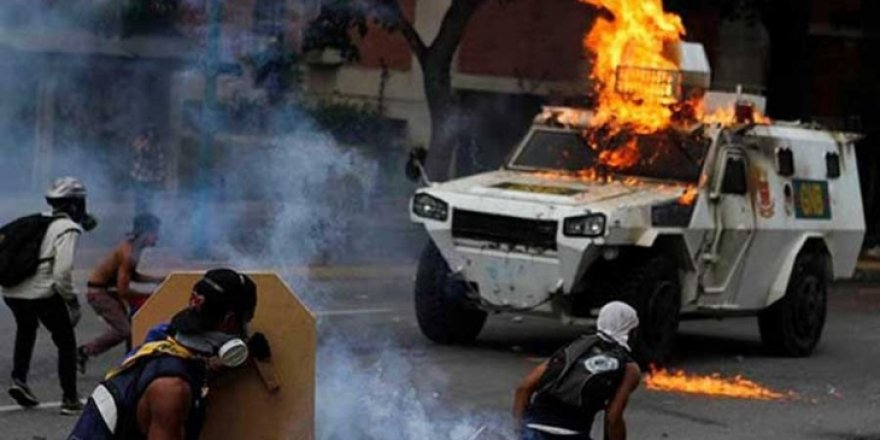 Şiddetin arttığı Venezuela'da ölü sayısı 53'e yükseldi