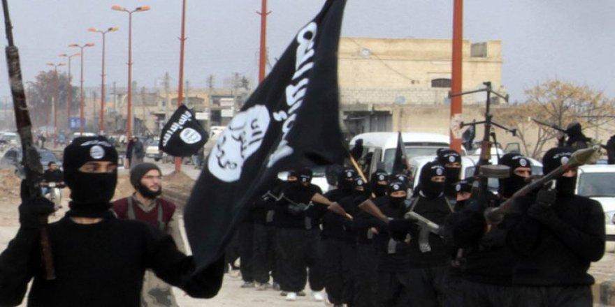 Suriye devlet televizyonu: IŞİD'in 'savaş bakanı' öldürüldü