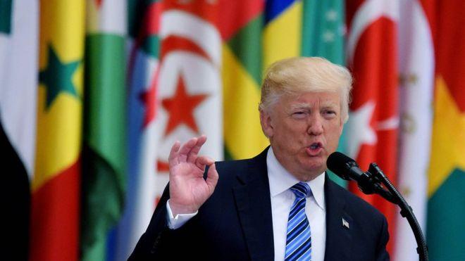 Trump, Suudi Arabistan'dan İslam dünyasına seslendi