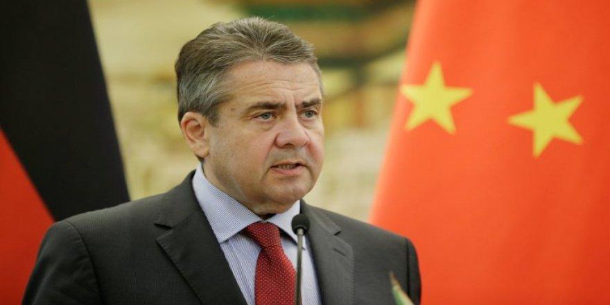 Almanya Dışişleri Bakanı Sigmar Gabriel: Milletvekillerine giriş yasağı uygulandı