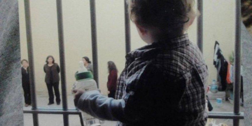 'Çocuklu anneler için hapse alternatif yöntemler tartışılmalı'