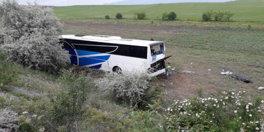 Ankara'da otobüs şarampole yuvarlandı