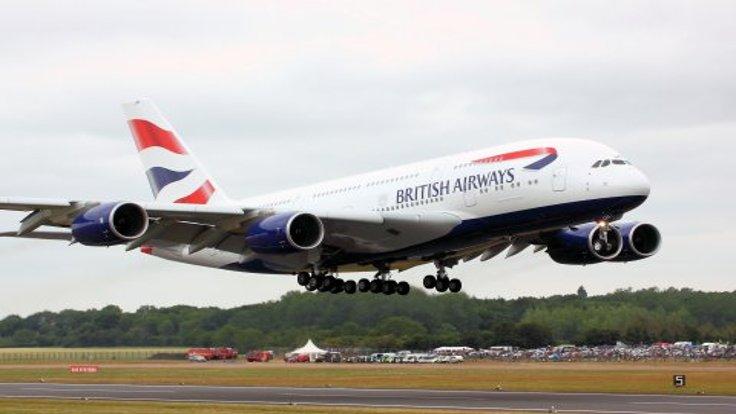 Londra'da uçuşlar durdu