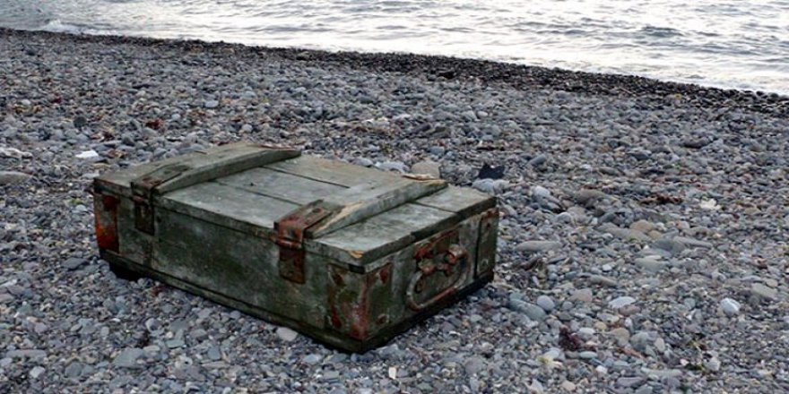 El bombaları kıyıya vurdu!