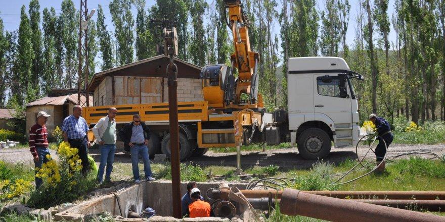 Yüksekova'da içme suyu hattında arıza