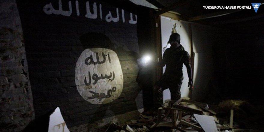IŞİD'e katılmak yerine hastanede yatsın diye oğlunu zehirlemiş!