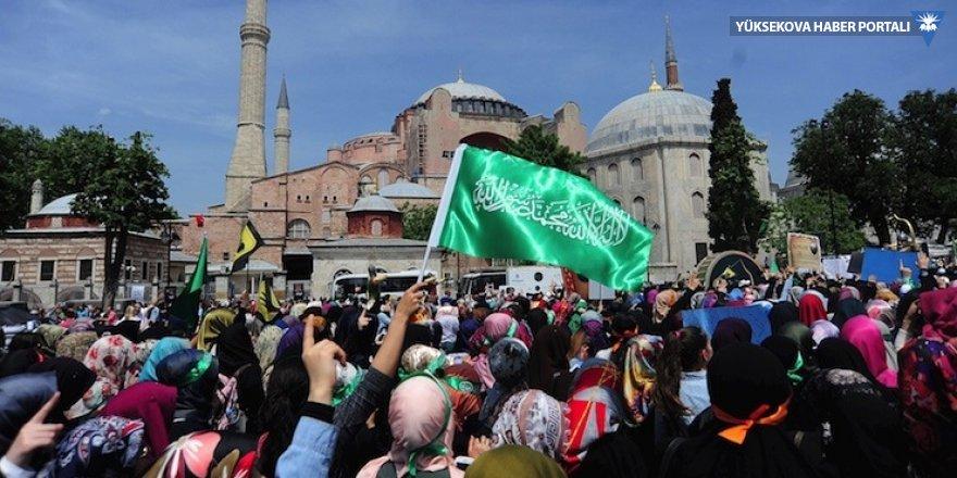 Yunanistan'dan Ayasofya'da ezan okutulmasına tepki
