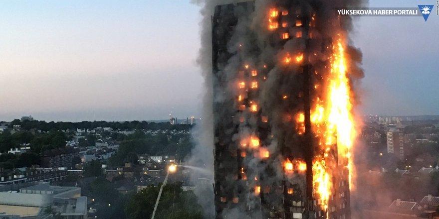 Londra'da 79 kişinin hayatını kaybettiği yangın sonrası istifa