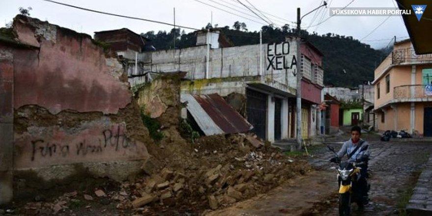 Guetemala'da şiddetli deprem