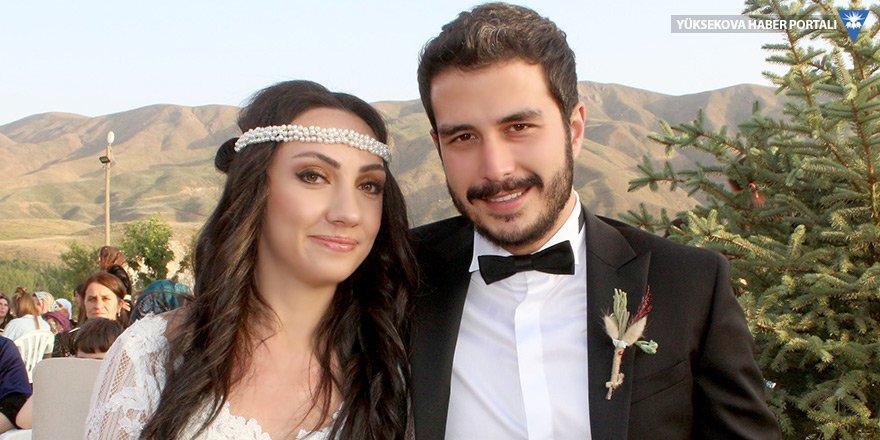 Canan'ın doktor kızına renkli düğün