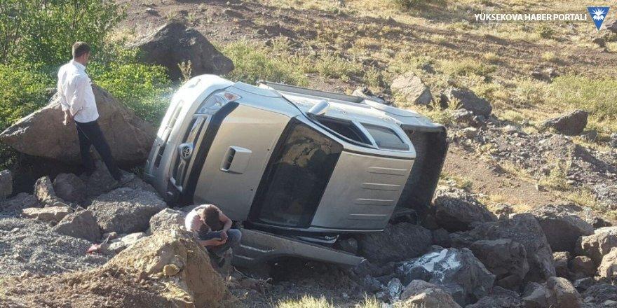 Şemdinli'de kaza: 3 yaralı