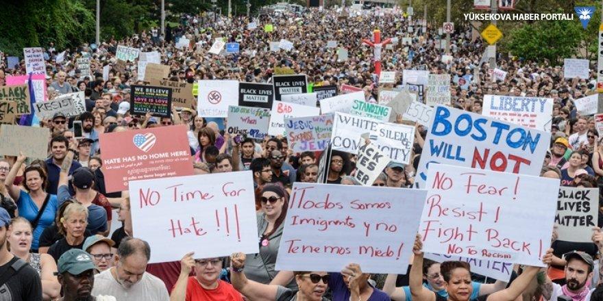 ABD'de binlerce kişi, ırkçı gruplara karşı 'nöbette'