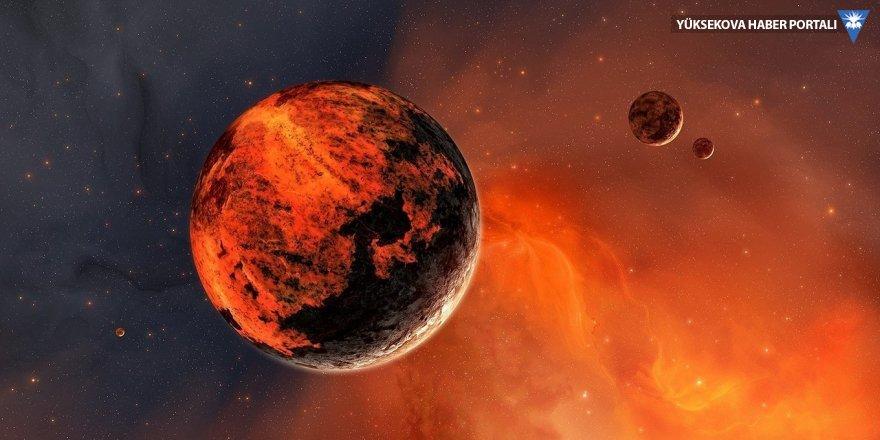 Mars ekvatorunda buzul bulundu