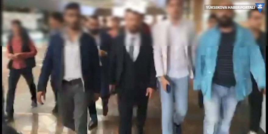 Bakırköy'de AVM'yi haraca bağlamışlar!