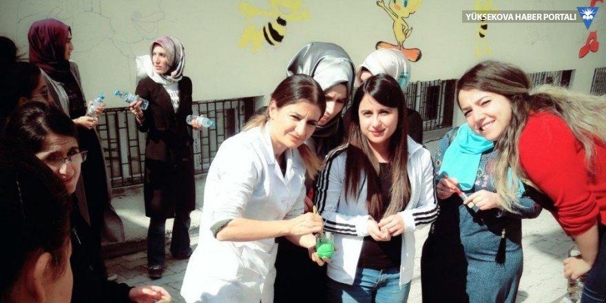 Hakkari'de okul duvarları çizgi film karakterleriyle süslendi