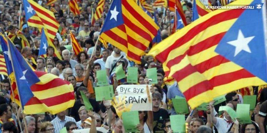 Katalonya'ya verilen süre doldu: Bağımsızlık ilan edilmedi