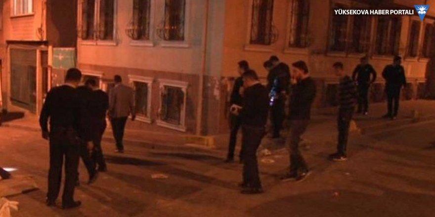 Fatih'te silahlı kavga: 3 Suriyeli genç yaralandı