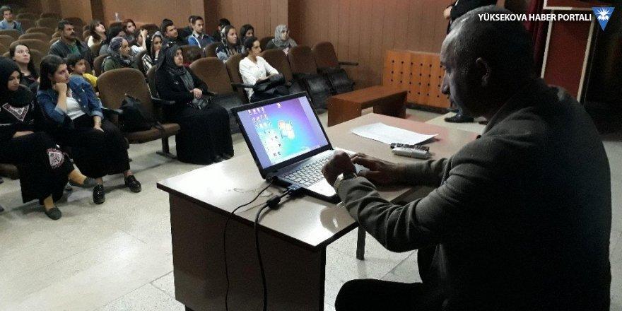 Yüksekova'da İş-Kur çalışanlarına eğitim seminerieğitim semineri