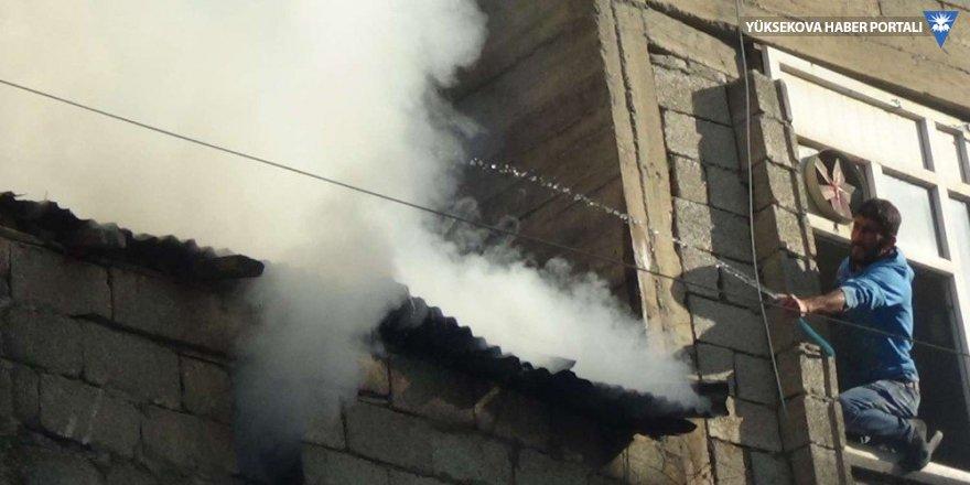 Hakkari: Kalorifer kazanı dairesinde çıkan yangın korkuttu
