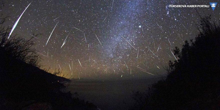 Bu gece meteor yağmuru var: Şehir ışıklarından uzakta çıplak gözle izlenebilir