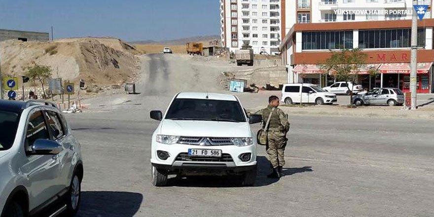 Silvan'da mahalle giriş çıkışlara kapatıldı